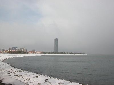 午前中の琵琶湖と大津プリンス
