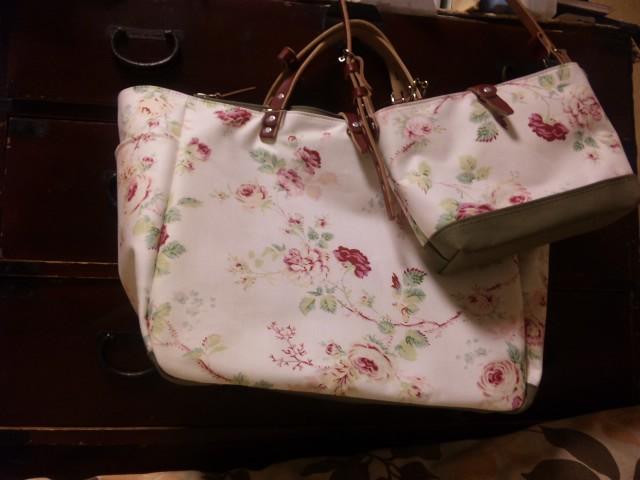キャラバンのバッグ