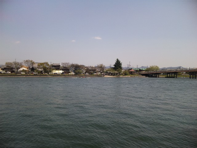 ゴールデンウィークの瀬田川と唐橋