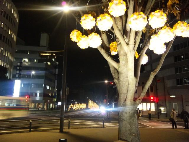 大津の駅前の明かり