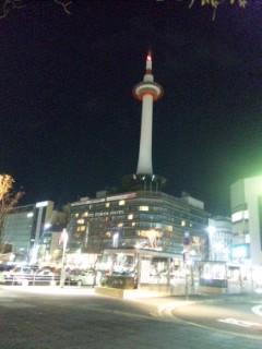 午前0時の京都タワー