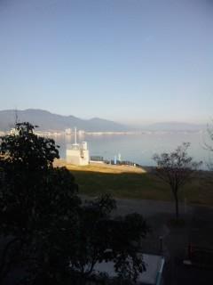 穏やかな冬の琵琶湖