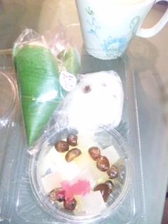 和菓子でコーヒー