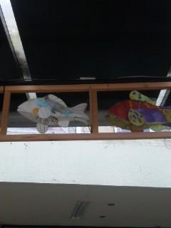 大津駅前の魚たち