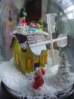 クリスマスのスノーボール