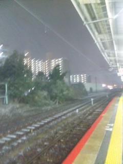 雪の降る町を帰る