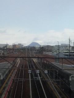 雪にかすむ近江冨士