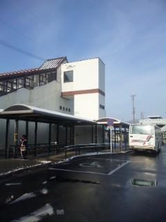 貴生川駅は雪これくらい