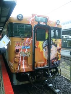 津山線にNARUTO列車が!