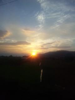 琵琶湖線の車窓から 夕日