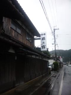 「萩の露」福井弥平商店で朝市のお酒選び