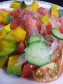 夏野菜と生ハムサラダ