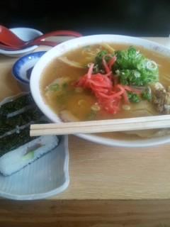 お昼は中華セット