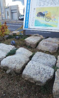 大津駅前の秋色