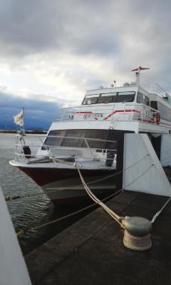 琵琶湖汽船で竹生島へ