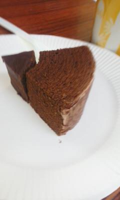 グラブハリエのチョコレートバームクーヘン