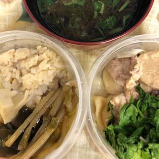 筍の炊き込みご飯と豚肉の味噌炒め風弁当