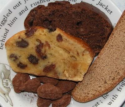 2006-2-8-cakes